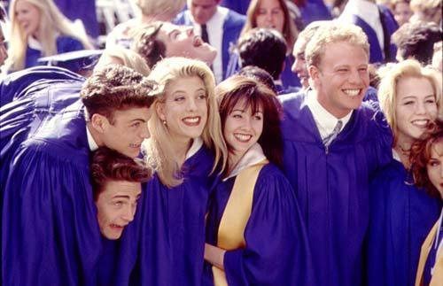 High-School-Graduation-beverly-hills-90210-3761271-500-323